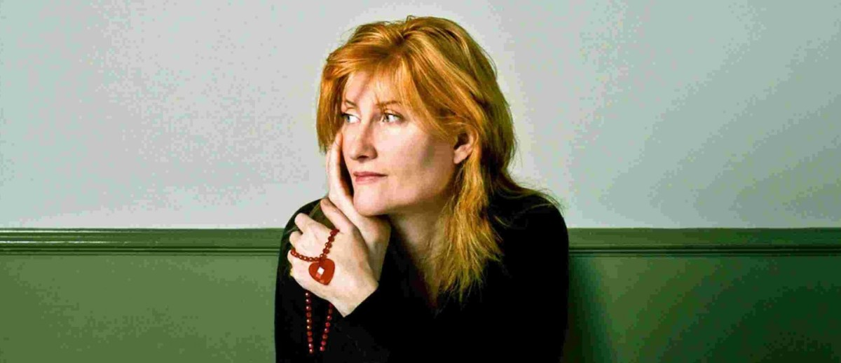 Eddi Reader - Nobody Lives Without Love