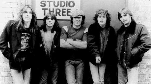 AC/DC – Dirty Deeds Done Dirt Cheap   Into the Popvoid